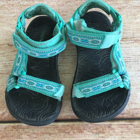 881215f3ea25 Teva hurricane 3 toddler sandals size 8. M 5b467633df03076e4a283ee8